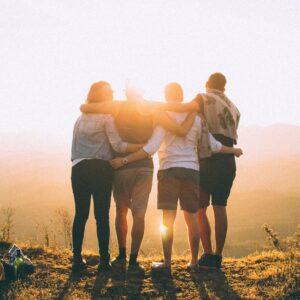 Co zrobić, by ludzie nas lubili? – webinar dla młodych